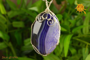 Agat fioletowy WISIOREK oprawiony w miedź posrebrzaną wzór G - przyspiesza bieg wydarzeń, przynosi miłość i namiętność