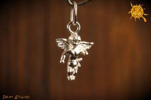 Anioł srebro 1,5 cm - niebiański pomocnik, strzeże przed złem