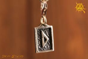 Runa DURISAZ przywieszka charms srebro - inspiracja, siła, wrota, magiczny młot Thora
