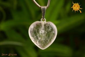 Kryształ Górski wisior serduszko 1,5x1,5 cm - dobre myśli, zdrowie, ochrona