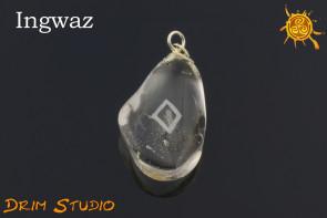 Kryształ Górski wygrawerowana runa Ingwaz WISIOR - odpoczynek, płodność, cierpliwość