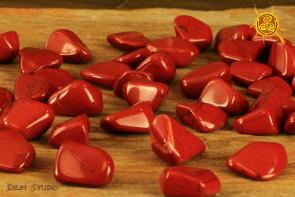 Jaspis czerwony obrabiany 2 - 4g - ochrona, wytrwałość, cierpliwość, spokój ducha