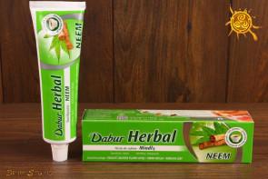 Pasta do zębów z miodlą indyjską NEEM Dabur Herbal - zwalcza bakterie w jamie ustnej, chroni dziąsła, wzmacnia zęby