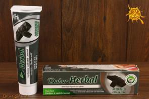 Pasta do zębów z węglem aktywnym wybielająca Dabur - przywraca naturalną biel, działa łagodząco, przeciwbólowo i dezynfekująco