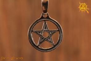 Pentagram 1,9 cm WISIOR srebro - chroni przed siłami zła, zazdrością, zawiścią czy zło życzeniem