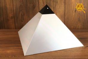 Piramida Aluminiowa  wys. 20 cm podstawa 30x30cm