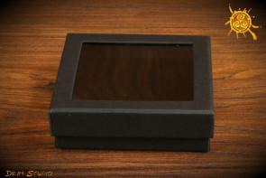 Pudełeczko na prezent kwadratowe z okienkiem 8,5x8,5cm CZARNE