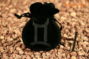 Woreczek amulet talizman ZNAK ZODIAKU BLIŹNIĘTA  - ochrona, sukces, pieniądze, zdrowie
