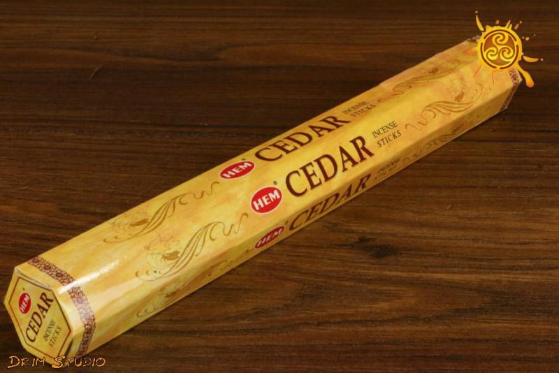 Kadzidełko CEDR - zapach cedru, cierpki, dostojny, energia ziemi, czakra pierwsza