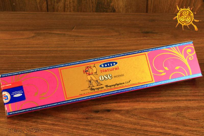 Kadzidełko RÓŻA Rose zapach aromatyczny piękny obfity w słodycz Indie Satya