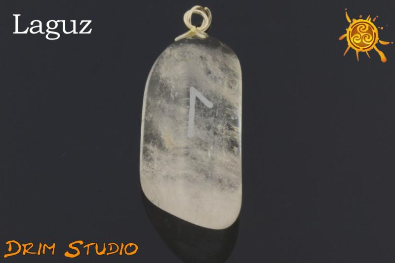 Kryształ Górski wygrawerowana runa Laguz WISIOR - dobra podróż, oczyszczenie, miłość