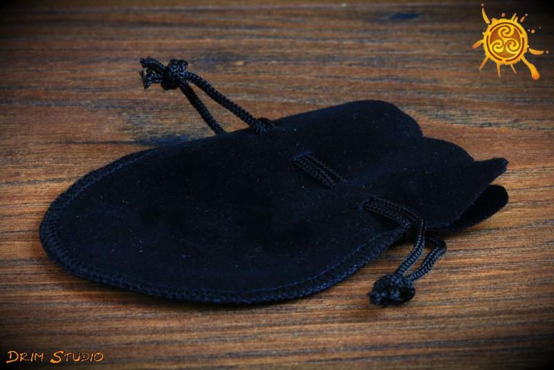 Woreczek welurowy czarny - na kamień, amulet, wahadło itp.