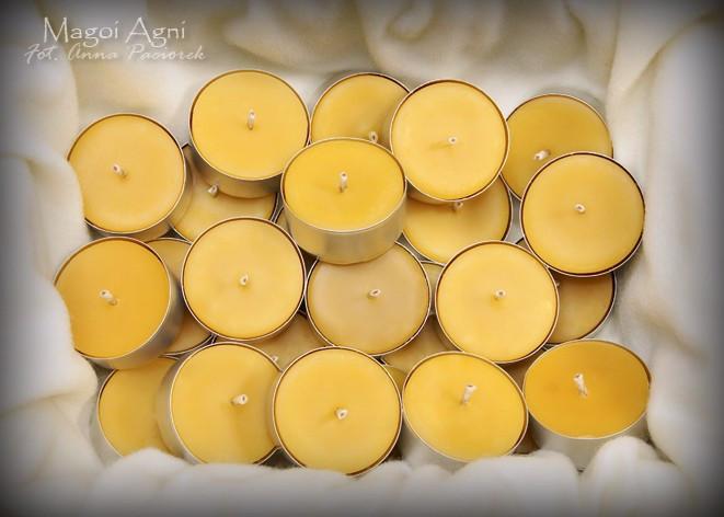 Naturalna Świeca Tealight - zapach naturalny wosku pszczelego