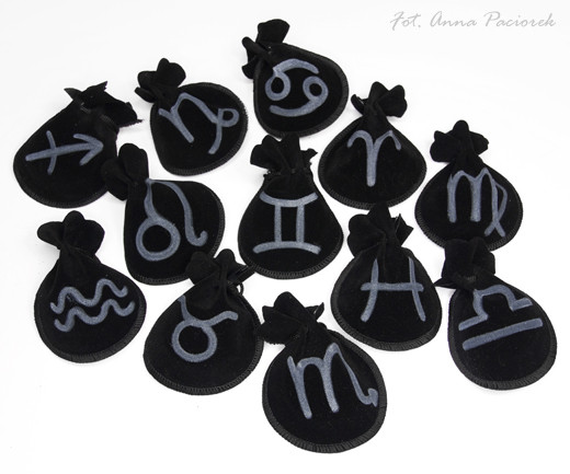 Woreczek amulet talizman ZNAK ZODIAKU WODNIK - ochrona, sukces, pieniądze, zdrowie